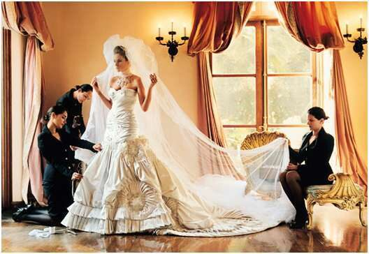 melania-knauss-trump-wedding-gown.jpg